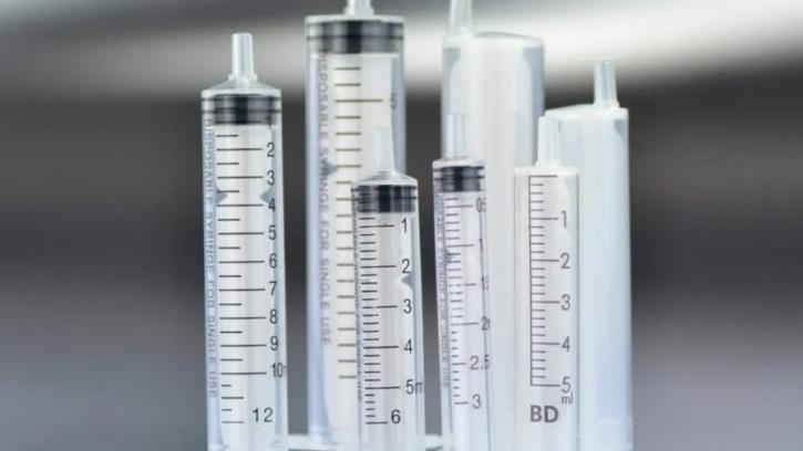Vacuna contra el Covid-19: el Gobierno nacional comprará 20 millones de jeringas