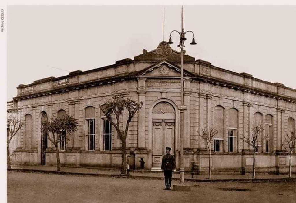 Los 150 años de Posadas en 35.000 fotografías inéditas para recordar la historia de la capital de Misiones