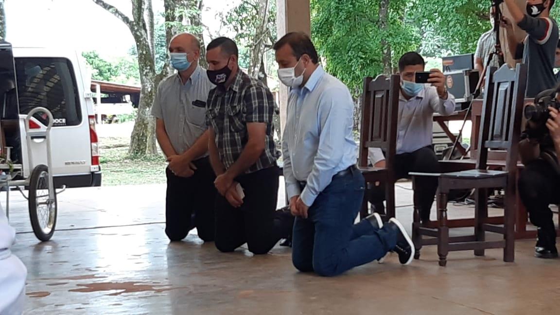 El gobernador Oscar Herrera Ahuad acompañó la celebración de Loreto junto al obispo de Posadas, Juan Rubén Martínez