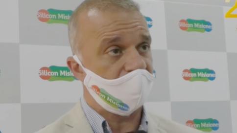 """Incendios en Misiones: Carlos Arce pidió a la población """"conciencia para cuidar nuestra biodiversidad"""" y contó que el gobernador gestiona la llegada de más aviones hidrantes"""