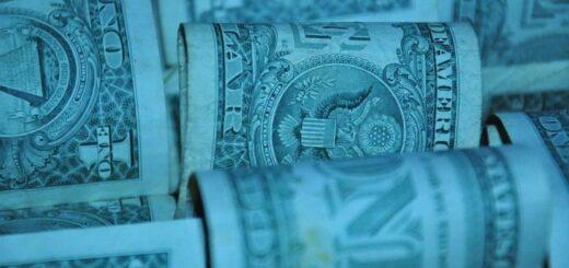 En un mercado acotado y sin vendedores, volvió a subir el dólar blue