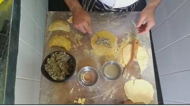 La empanada misionera con influencia Guaraní, mandioca, maíz y pescado refleja la cultura y la identidad gastronómica de la Tierra Colorada