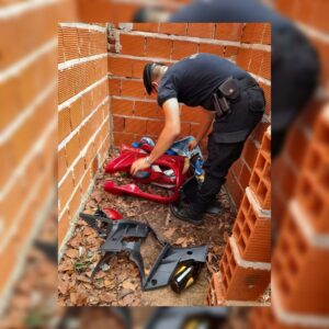 Posadas: secuestraron una moto robada que fue desguazada y oculta en una vivienda