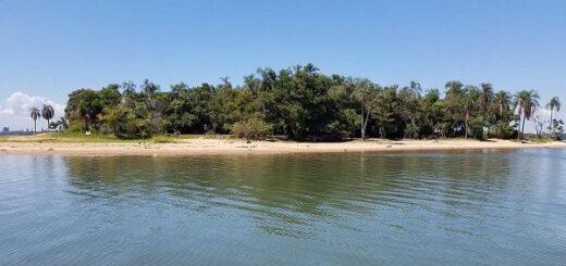 La ubicación de la Isla del medio, territorio argentino en aguas paraguayas, dificulta los controles de la Prefectura