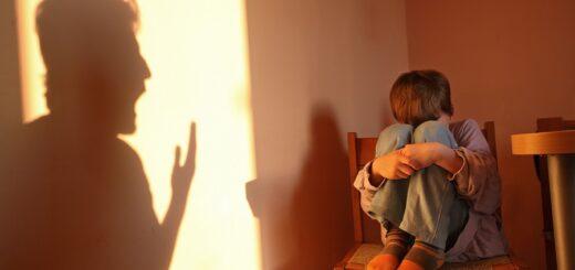 Misiones: un niño de 9 años pidió ser rescatado de su padre que lo golpeaba con una tabla con clavos