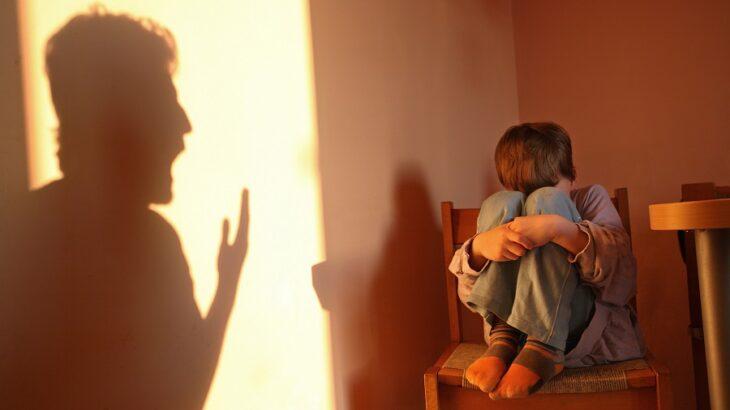 """""""Le presté unos días al padre y pasó esto"""", contó el tutor del niño que fue golpeado con una tabla con clavos por su progenitor"""