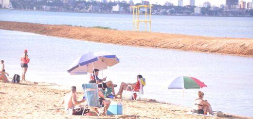 Mirá las mejores imágenes que dejó la calurosa tarde del domingo en la Playa Costa Sur de Posadas