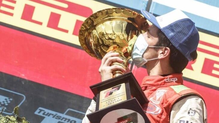 El misionero Rudito Bundziak llegó segundo e hizo podio en la Clase 3 del Turismo Pista
