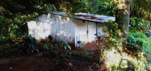 Degollaron a un jubilado en su casa de Alem y le robaron un teléfono y 20 mil pesos