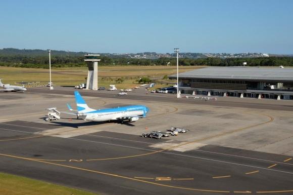 Éxodo: más de 60 aviones privados llegaron al Aeropuerto de Punta del Este este fin de semana, antes del cierre de fronteras por coronavirus