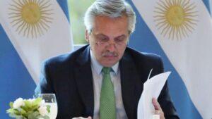 """Veto al área aduanera especial: analista político calificó la medida de """"ajuste económico y de incumplimiento político de Alberto Fernández"""""""