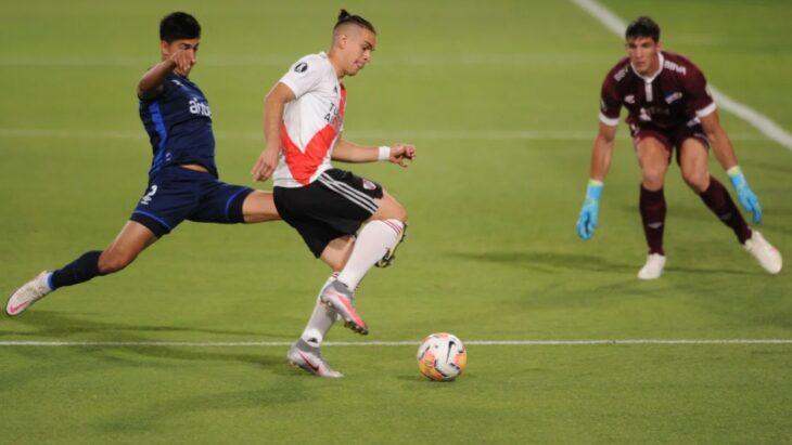 River se impuso ante Nacional de Uruguay y dio el primer paso camino a la semifinal de la Libertadores