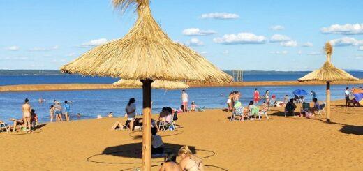 Fin de semana extra largo: se vive a pleno la temporada de verano en la playa Costa Sur de Posadas