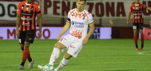 El posadeño Esteban Rolon dio positivo para covid y no jugará ante Boca
