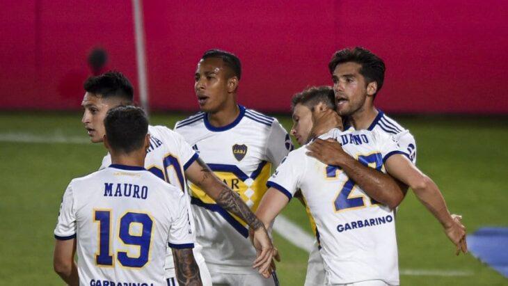 Boca dio vuelta el partido en Avellaneda y venció a Independiente 2-1