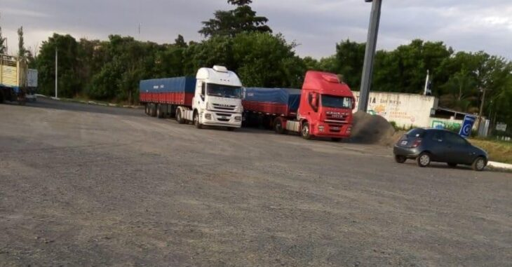Un transportista misionero fue hallado sin vida adentro de su camión en Buenos Aires