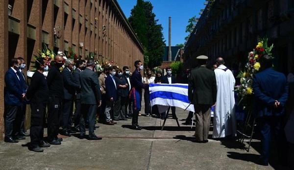 Uruguay: multitudinario último adiós al expresidente Tabaré Vázquez