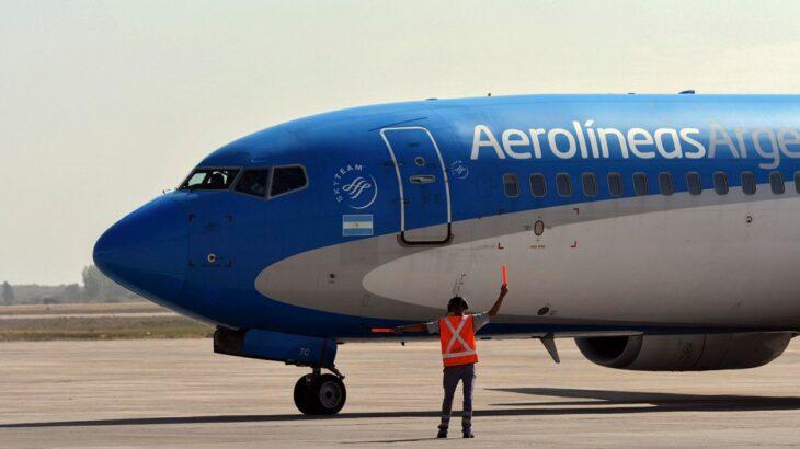 El Gobierno limitó los vuelos a Brasil, Estados Unidos y Europa por el aumento de casos de coronavirus