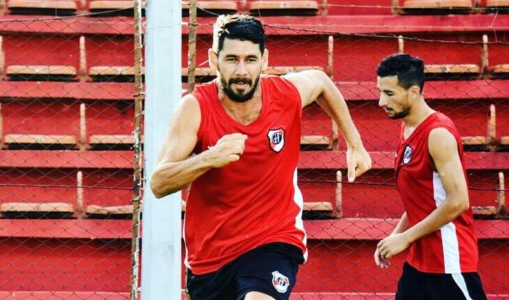 """""""Vamos a ir paso a paso, pero sabemos que el objetivo es el ascenso"""", sentenció Hugo Troche, jugador de Guaraní"""