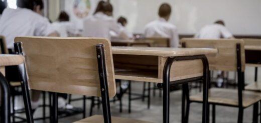 El gobernador Oscar Herrera Ahuad anunció que en Misiones volverán las clases presenciales con un sistema mixto