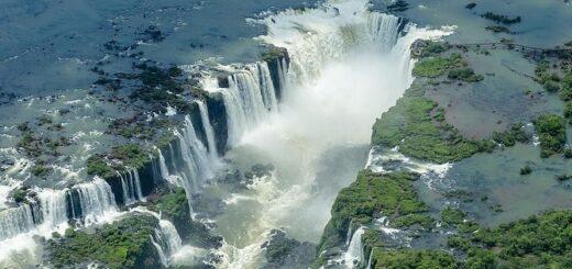 El 60% de los turistas en Iguazú son argentinos: ofrecen alojamientos a mitad de precio y buscan aumentar las frecuencias aéreas