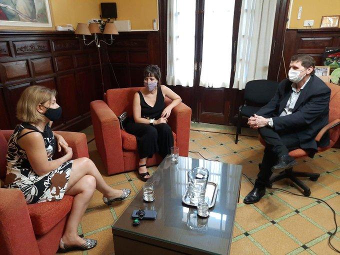 Safrán recibió a la economista misionera Mercedes D'Alessandro para hablar de género, inclusión financiera y cuidado ambiental