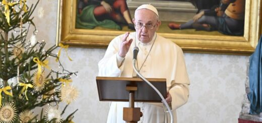 El papa Francisco recibió la primera dosis de la vacuna de Pfizer contra el coronavirus