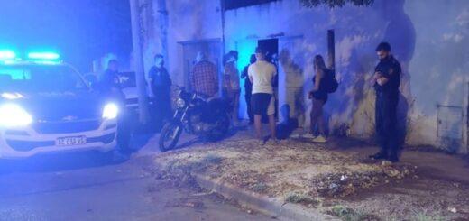 Cobraban 100 pesos el ingreso a una fiesta clandestina hasta que llegó la Policía