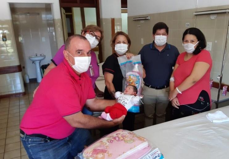 Los tres primeros bebés misioneros que nacieron en Año Nuevo son de Posadas, Eldorado y Oberá
