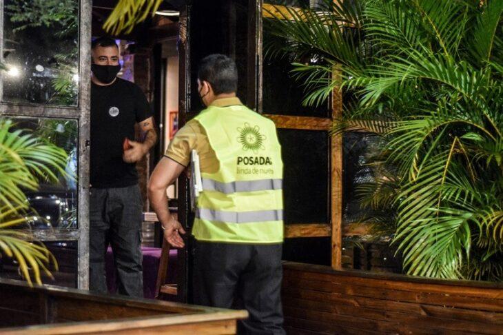 El Municipio realizó nuevos controles de nocturnidad en Posadas y suspendió un show en vivo por ruidos molestos