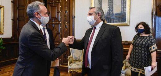 El Presidente recibió a funcionarios de México para analizar la respuesta de ambos países a la pandemia de coronavirus