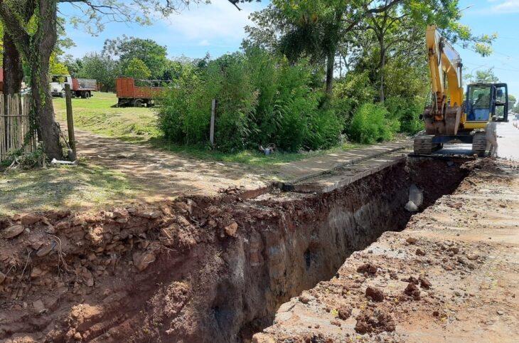 Comenzaron obras de saneamiento y repavimentación en la Chacra 192 de Posadas