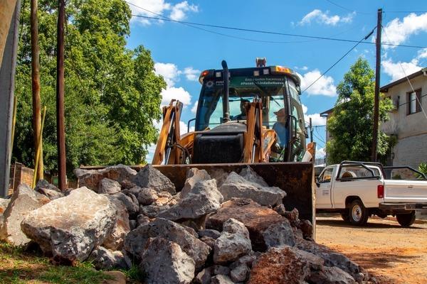 Avenidas de manos únicas: reparan badén sobre López y Planes en Posadas