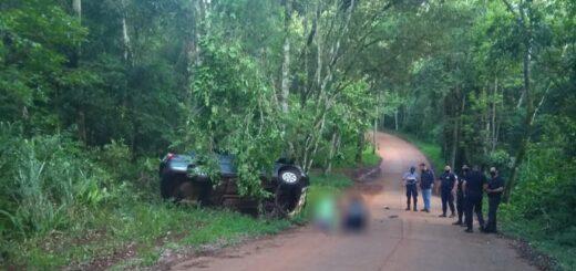Puerto Iguazú: despistó un auto y murieron dos personas en las 600 Hectáreas