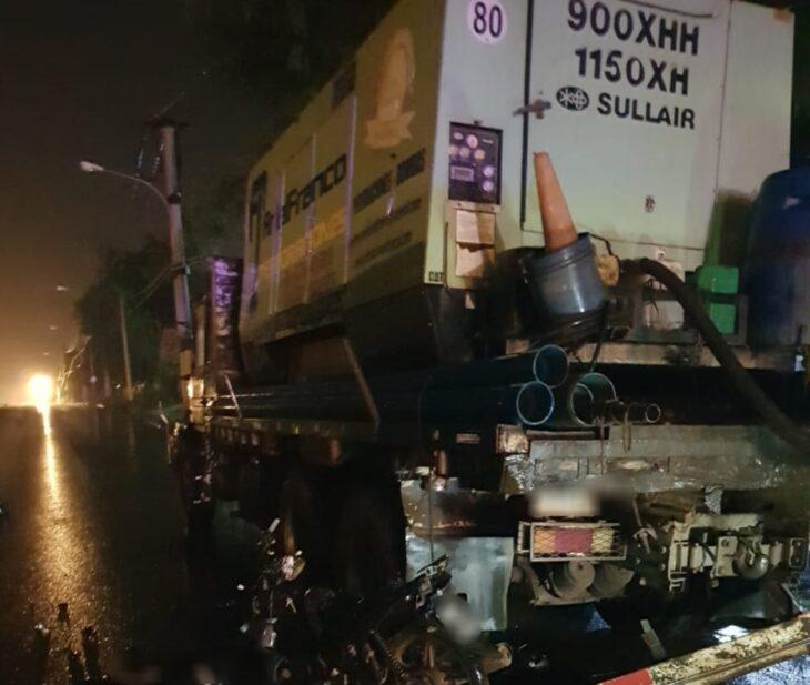 Un motociclista murió al impactar con un camión en Garupá