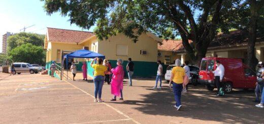 Coronavirus: en Posadas, Promotores de Salud asisten a personas en espera de hisopado