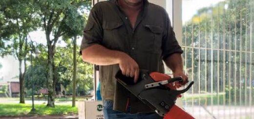 Entrega de herramientas a trabajadores yerbateros