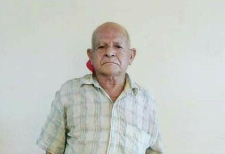 Buscan a familiares de un adulto mayor en Garupá