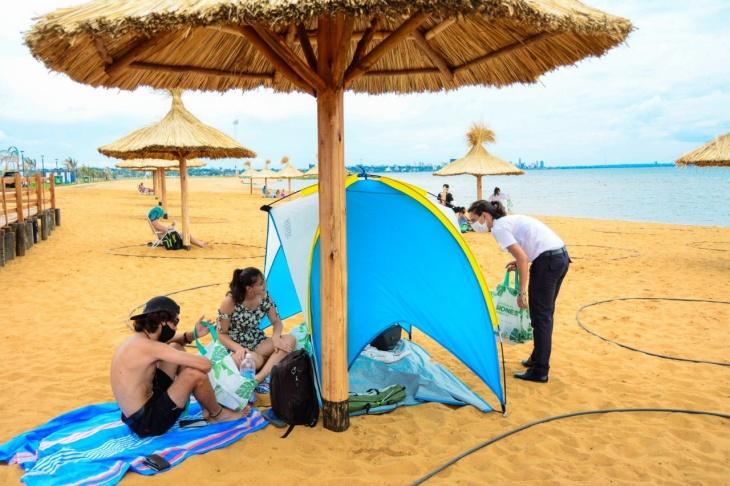 El Ministerio de Turismo continúa recordando los protocolos sanitarios para evitar contagios de coronavirus en las playas de Posadas