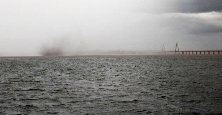 """La Oficina de Prevención de Riesgos ante Fenómenos Naturales definió al fenómeno producido ayer sobre el río Paraná como """"una pequeña Tromba que no produce desastres naturales"""""""