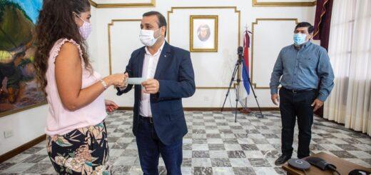 El gobernador Herrera Ahuad entregó subsidios a 11 entidades que prestan diferentes servicios a la comunidad