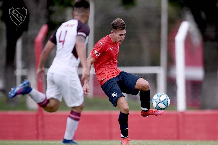 """Se rompió dos veces los ligamentos cruzados, volvió y convirtió un gol: """"Estoy más fuerte que nunca"""", dijo el misionero que juega en Independiente"""