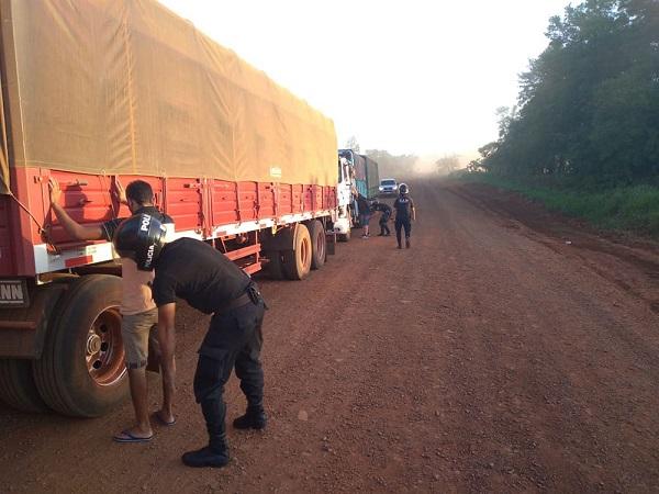 Contrabando: interceptan en Posadas siete camiones de soja sin aval aduanero