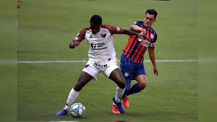 "Minuto a minuto   Copa de la Liga: San Lorenzo y Colón se enfrentan en la segunda fecha del grupo A <hr /> <iframe src=""https://www.ellitoral.com/deportes/estadisticas/html/v3/index.html?channel=deportes.futbol.copalpf.578213&lang=es_LA"" width=""100%"" height=""160"" style=""border:none;overflow:hidden"" scrolling=""no"" frameborder=""0"" allowfullscreen=""true"" allow=""autoplay; clipboard-write; encrypted-media; picture-in-picture; web-share""></iframe>"