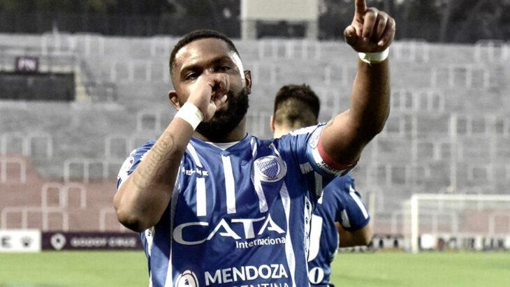 La Conmebol, la AFA y los clubes despidieron al «Morro» García