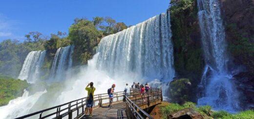 El gobernador Herrera Ahuad anunció que el turismo de Puerto Iguazú tendrá alícuota cero en ingresos brutos hasta diciembre