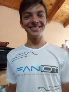 Joven que creó un sensor de humedad en su chacra de Misiones ahora fue invitado a la fábrica de nanotecnología FanIOt