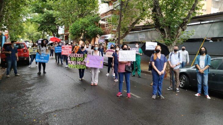 """""""Necesitamos volver"""": estudiantes de la Facultad de Ciencias Exactas pidieron que regresen las clases presenciales"""