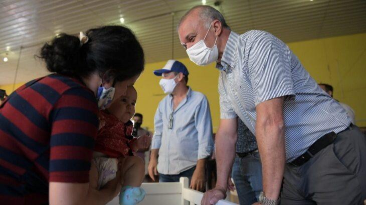 Carlos Arce encabezó un nuevo operativo del Programa Asistencia Solidaria Interior en Salto Encantado