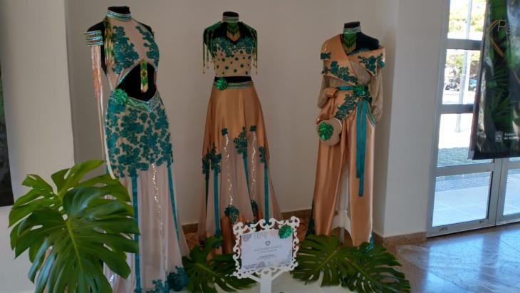 La Ruta del Diseño Misionero presentó una muestra de prendas que estará un mes en el  Multicultural de la Costanera